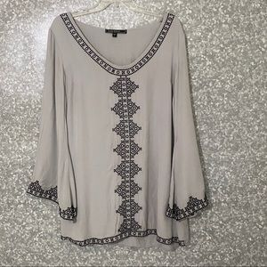 Love Stitch tunic/blouse size L gray and black